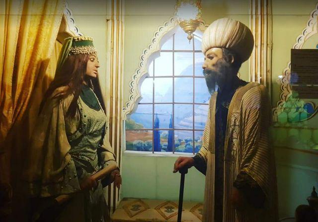 The-wax-museum-in-Lebanon-7.jpg