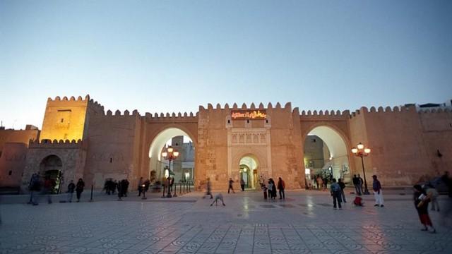 Door-of-the-Sea-of-Sfax-9.jpg