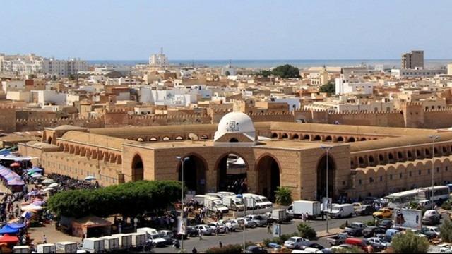 Door-of-the-Sea-of-Sfax-7.jpg