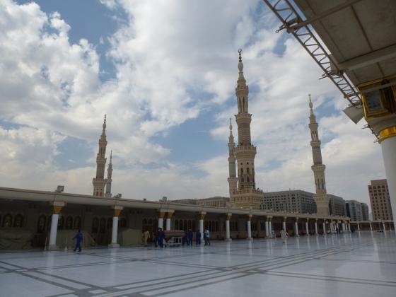 82668 المسافرون العرب صور مسجد الرسول2017
