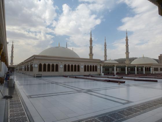 82672 المسافرون العرب صور مسجد الرسول2017