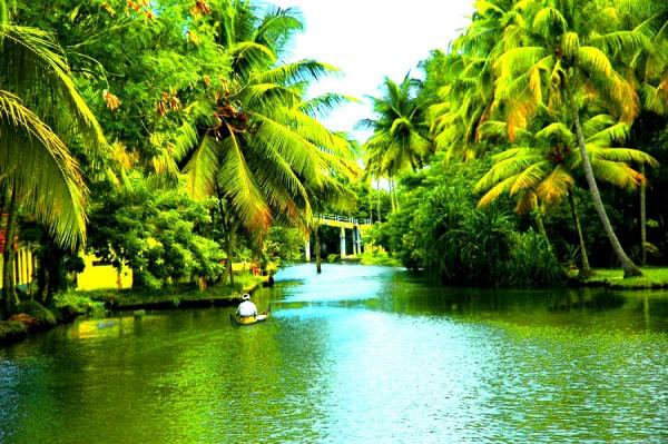 kottayam-Kerala-e1459193239773.jpg