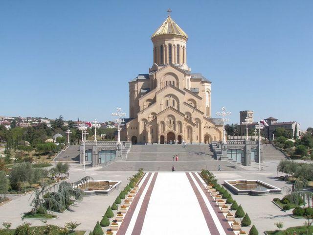 Tbilisi-St.-Trinity-Cathedral-1-1.jpg