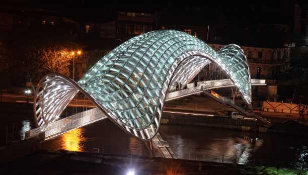 tbilisi-peace-bridge.jpg