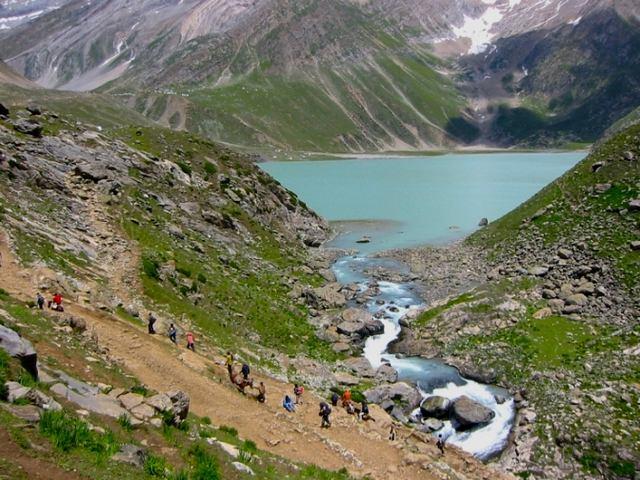 Sheshnag-Lake-9-1.jpg