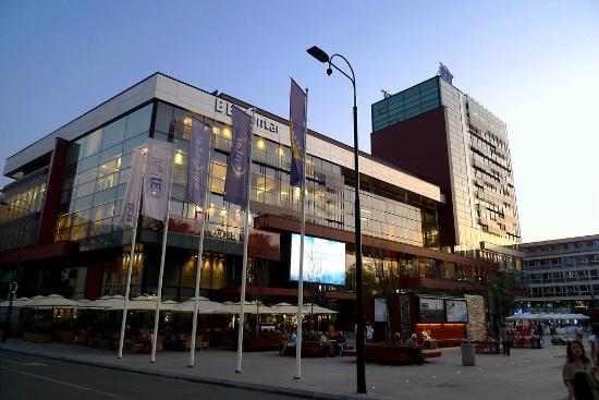 shopping-in-sarajevo-4.jpg