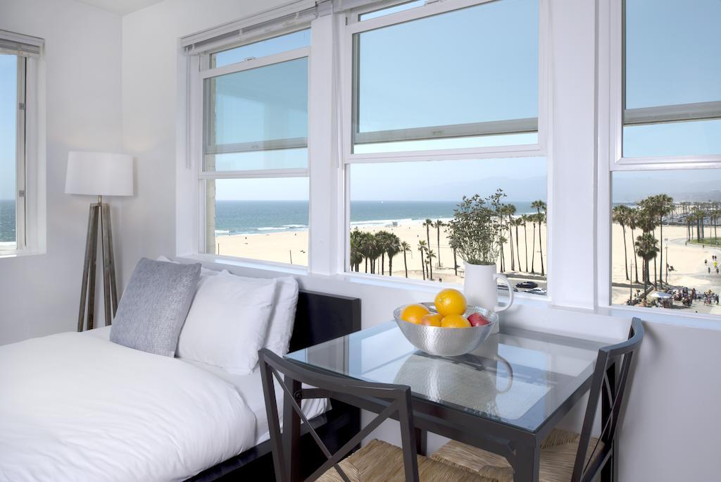 los-angeles-rental-apartments-2-1.jpg