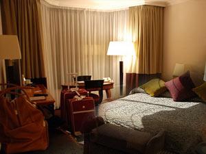 hotel02.jpg