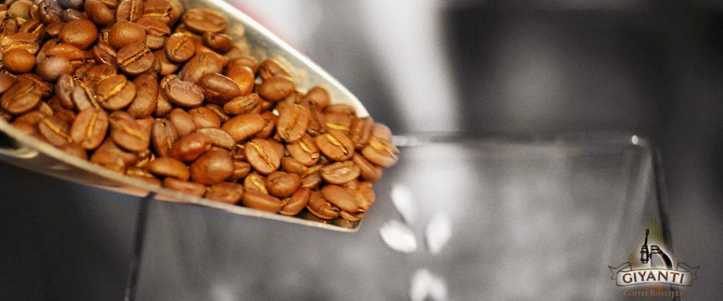 Giyanti-Coffee-Roastery-%D9%85%D9%82%D9%87%D9%89-1024x427.jpg