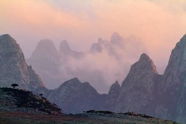 03-hajhir-mountain-clouds-670.jpg