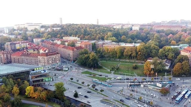 المدينة الجميلة التي تقودك إلى روائع السويد-92999