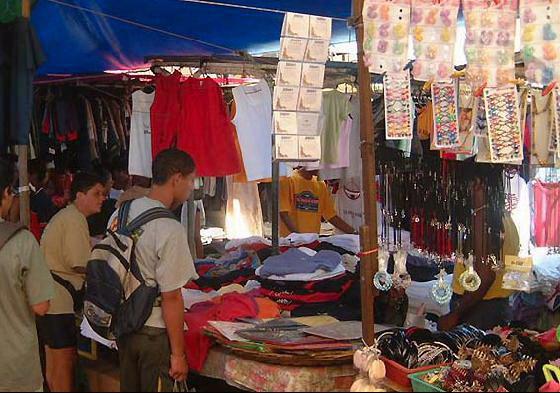 جولة سياحيه فى اسواق موريشيوس , التسوق فى موريشيوس