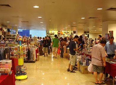 متعة التسوق مع اسواق ومولات سنغافورة