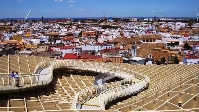 زيارة سياحيه الى مدينة إشبيلية ( أكبر وأقدم المدن الأندلسية في إسبانيا )