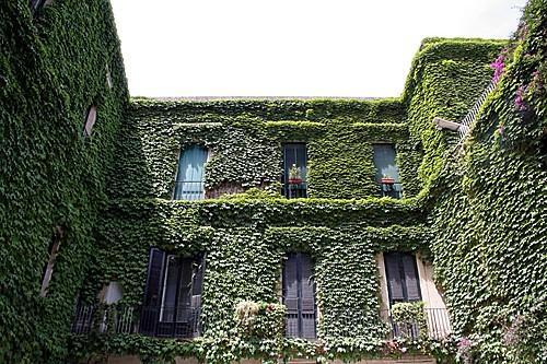 صور سياحيه من مدينة ليتشي في ايطاليا