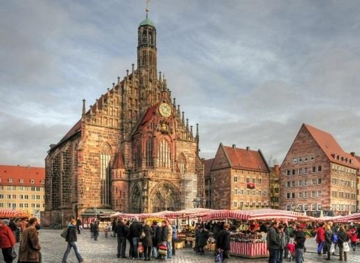 رحلة سياحيه الى نورنبيرغ مدينة ألمانية في منطقة فرنكونيا بولاية بافاريا