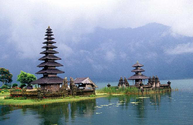 بالى من اهم المدن السياحية فى سياحة اندونسيا 2014