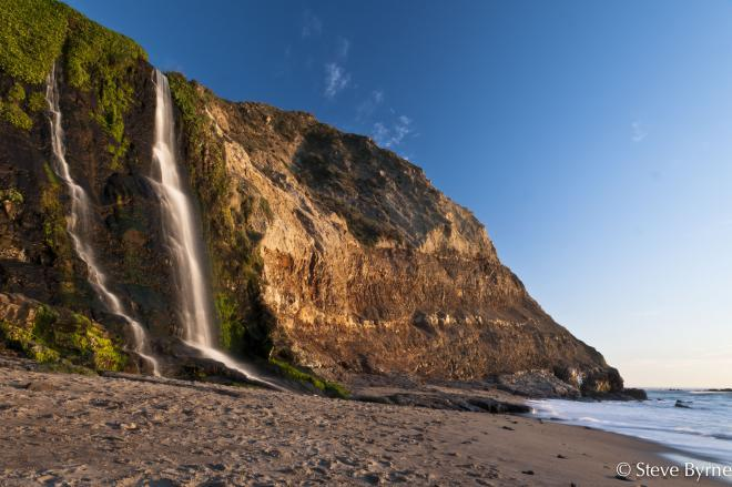 شلالات الاميرى alamere falls ( اعلى شلالات العالم وتقع فى ولاية كاليفورنيا)