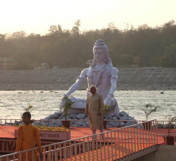 الهند هي مهد حضارة وادي السند و منطقة طرق التجارة التاريخية و العديد من الامبراطوريات