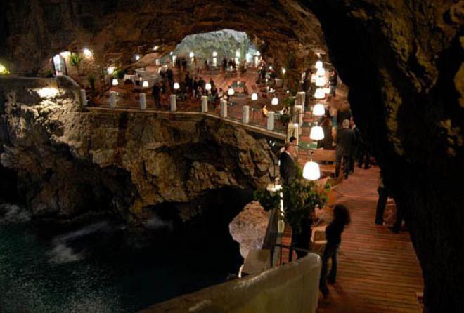 صورمطعم داخل كهف فى ايطاليا 2014 , السياحة فى ايطاليا