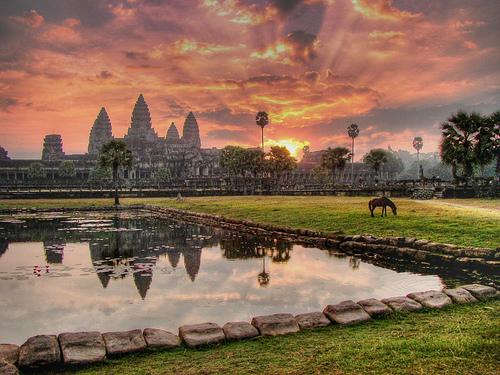 صور معبد انجكور وات ( أنغكور في كمبوديا)