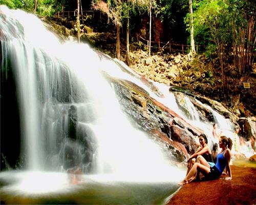 شلالات كوتا تينجي جوهور( افضل شلالات ماليزيا)