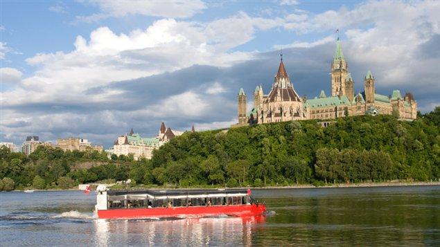 السياحة في كندا رحلة في عجائب الطبيعة وأساطير التاريخ