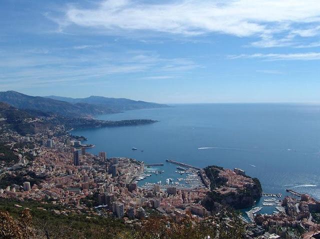 اسماء وصور مناطق الجذب السياحي والمدن السياحية الفرنسية الجميلة