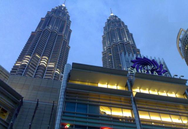 زيارة الى سوق جولد سيلك فى ماليزيا لعشاق الحرير