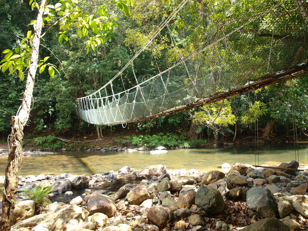رحلة مصورة الى منتزه آندورومبين في ماليزيا