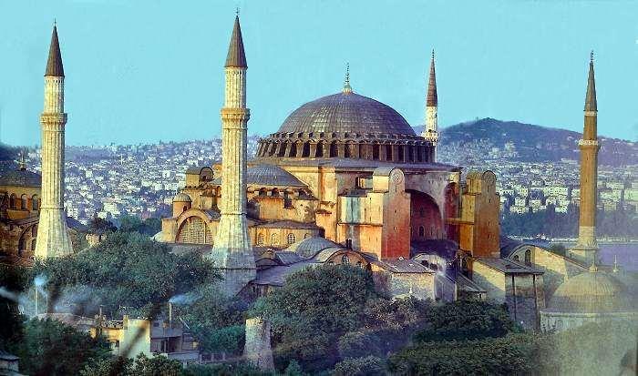 متعة السياحة في إسطنبول