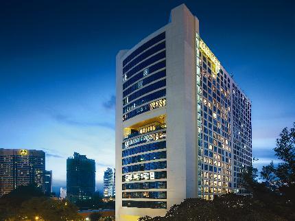 أهم و أفضل الفنادق في منطقة بوكيت بينتانج , سنذكر هنا أفضل الفنادق في منطقة البرجين ا