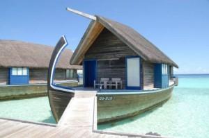 بالصور قوارب فنادق في جزر المالديف