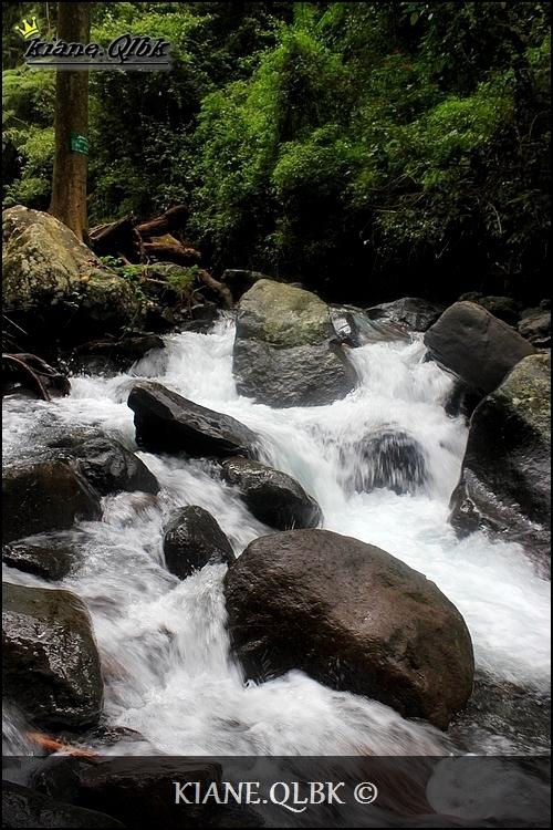 شلال الجمال tiu kelep لومبوك ، اندونيسيا