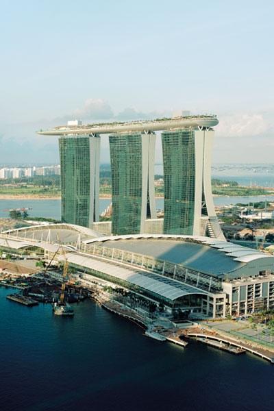 دليلك السياحي لقضاء عطلة في سنغافورة