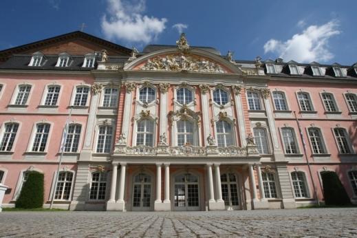 تقرير عن مدينة تراير في ألمانيا