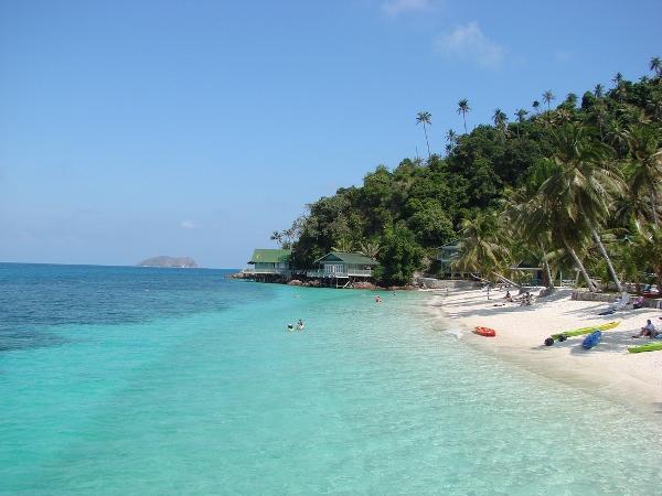 جزيرة ديسارو فى ماليزيا بالصور