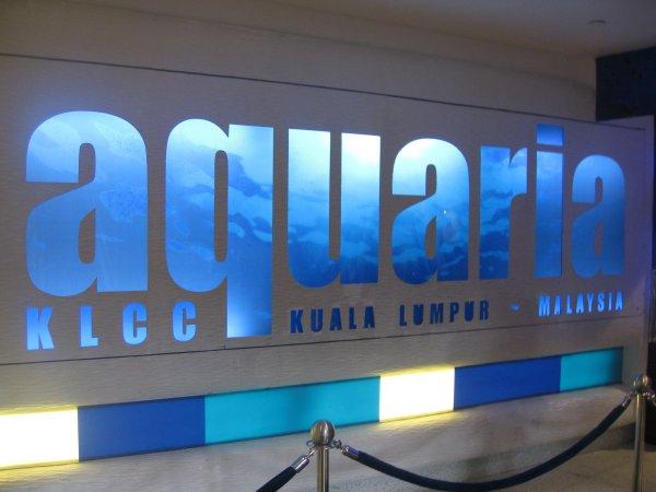 صورمنتزهات ماليزيا أكوريا أو أحواض السمك klcc Aquaria