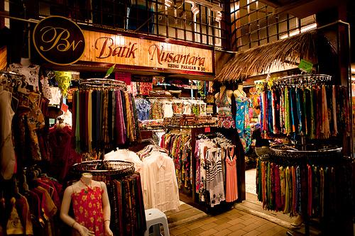 سوق التحف والهدايا التذكارية المركزي في كوالالمبور