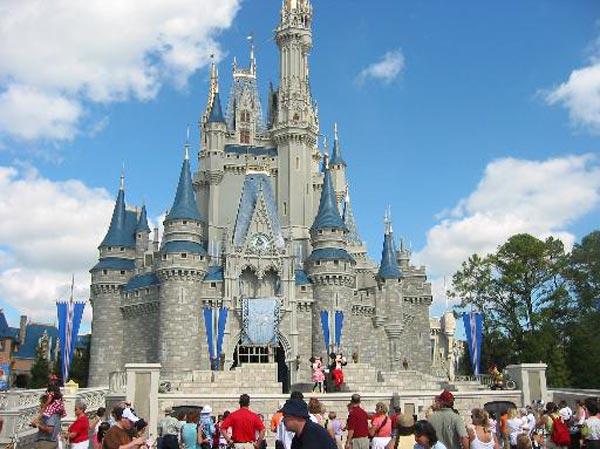 أبرز مناطق الجذب السياحي وأكثرها شعبية في مختلف المناطق بالولايات المتحدة الأمريكية