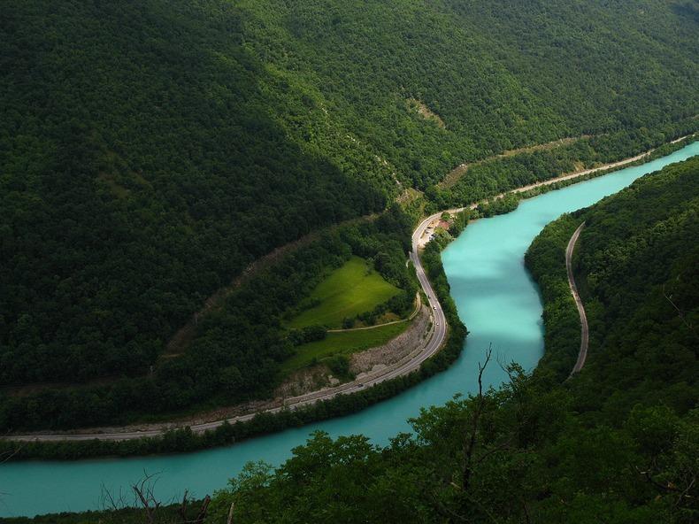 رحلة الى نهر سوكا (sooka) إيطاليا واحداً من أجمل الأنهار البرّية غير المُلوثّة في ال
