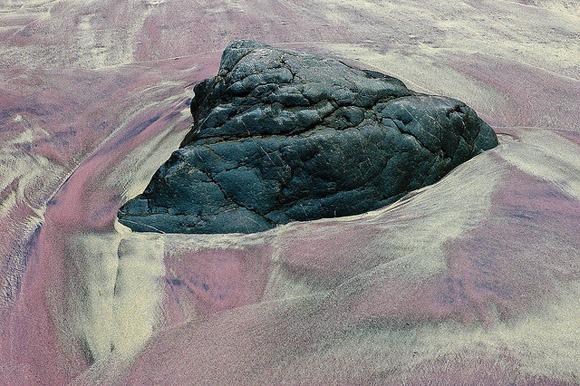 """شاطئ بفايفر الزهري """"Pfeiffer Beach"""" ( ولاية كاليفورنيا)"""