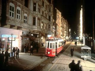 شارع الاستقلال | İstiklal Avenue , من أشهر شوارع أسطنبول