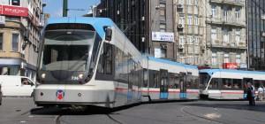 التجول في اسطنبول عن طريق المترو والترام والسكة الحديدية المعلقة