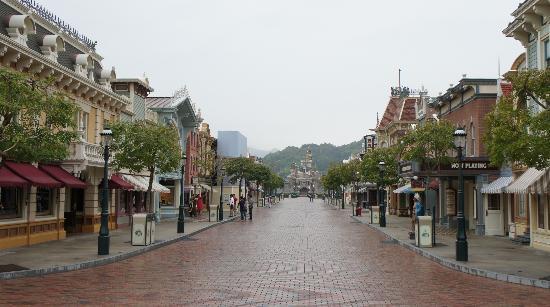 صور مدينة ألعاب ديزني لاند فى الصين
