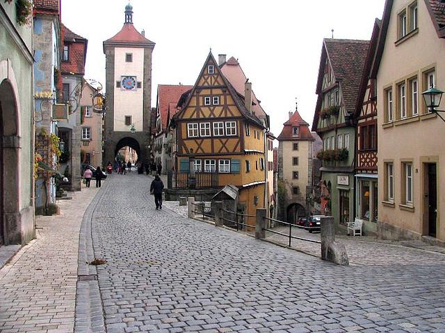 تقرير عن السياحة في مدينة ميونخ الألمانية