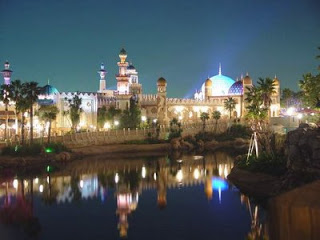 Disneyland Resort in Dubai منتجع ديزني لاند بمدينة دبي