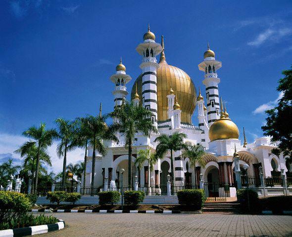 برنامج سياحي كوالالمبور الاماكن السياحية فى ماليزيا