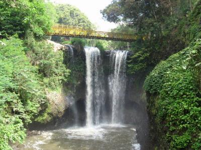 جولة سياحيه فى شلالات ماريبايا باندونق