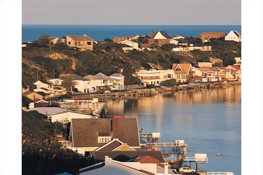 صور مدينة خليج نيلسون مانديلا/بورت إليزابيث